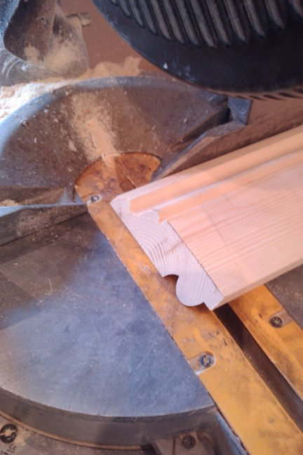 cutting a return miter