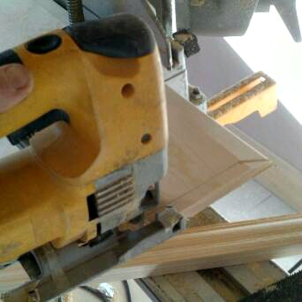 cutting internal skirting joins