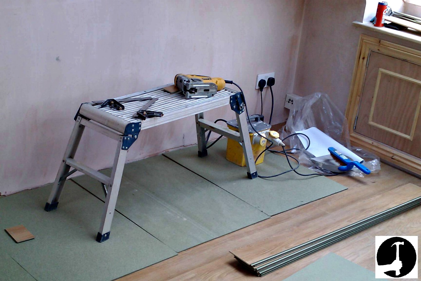 how install laminate flooring