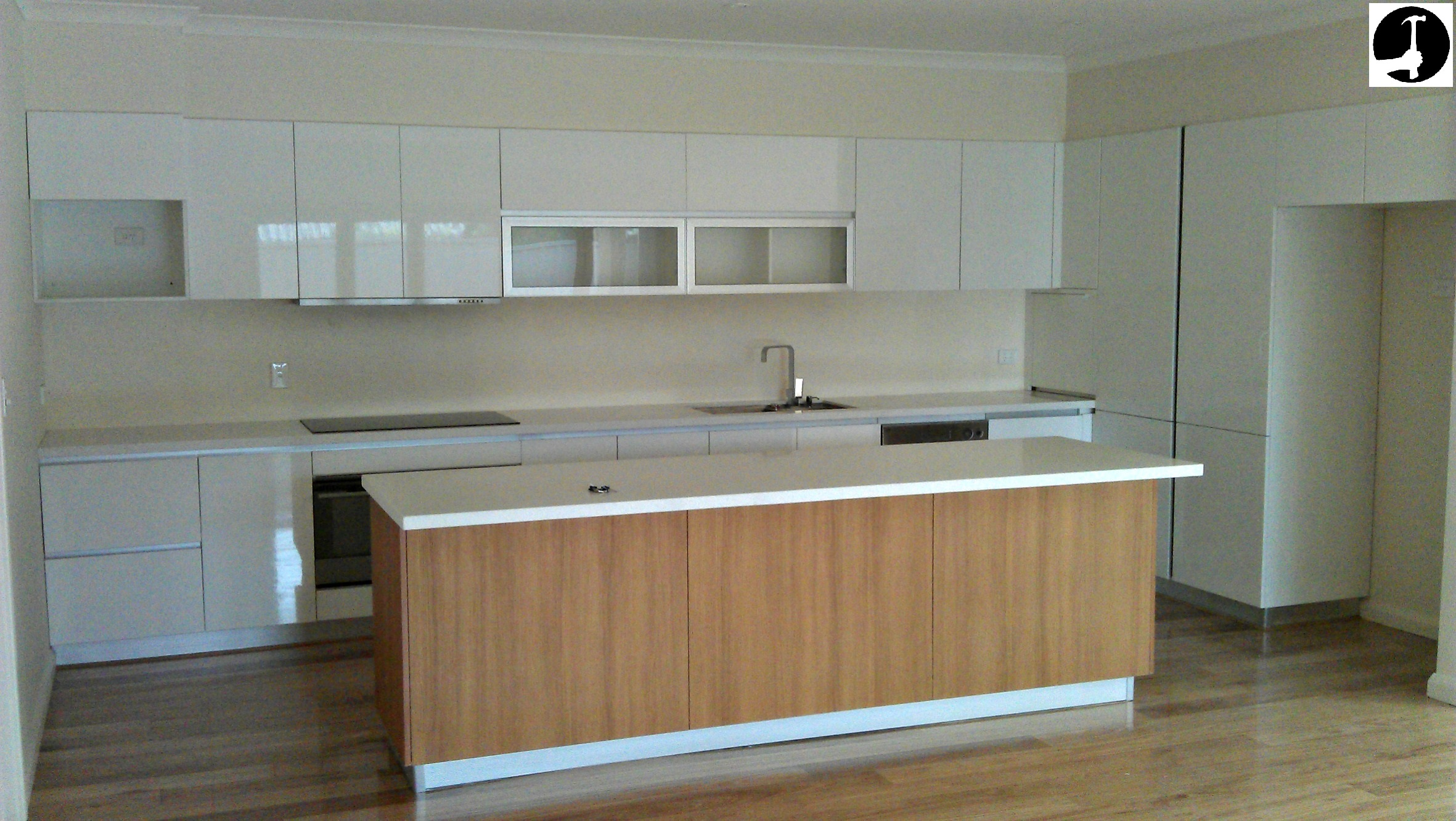 How to install a kitchen for Kitchen units without plinths