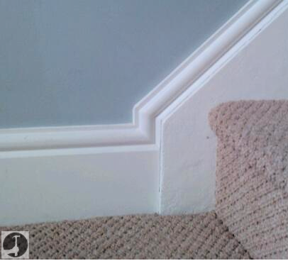 Skirting continuous up stair stringer