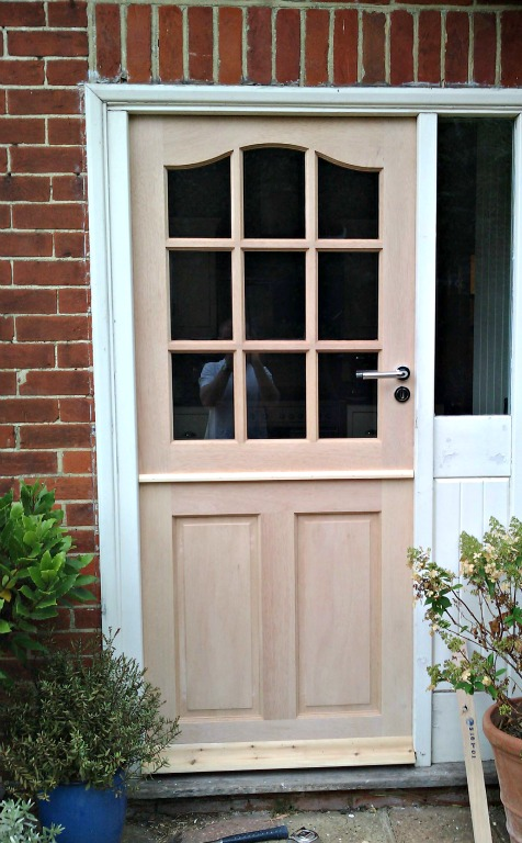 Hanging stable doors