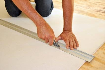 Cutting plasterboard to size for perfect walls & ceilings