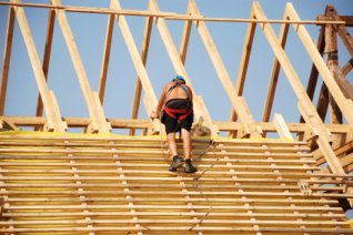 Learn How To Build A Roof That Adds Strength The Walls